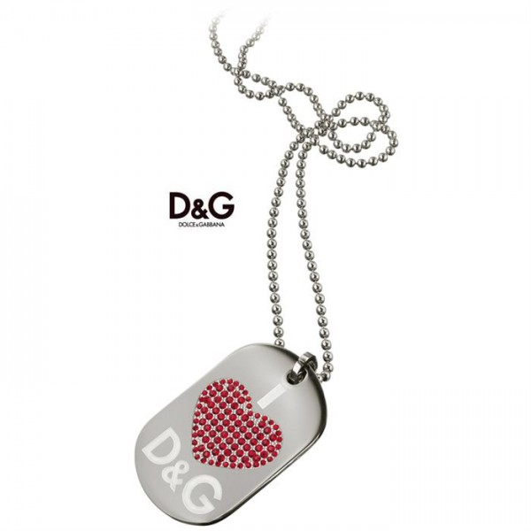 COLLANA D&G PIASTRA CUORE RED